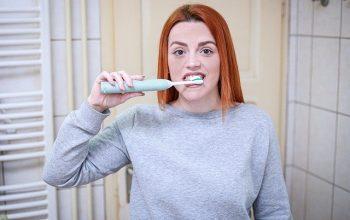 Pourquoi opter pour la brosse à dents électrique?
